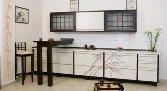 Bucatarie simpla cu decor japonez