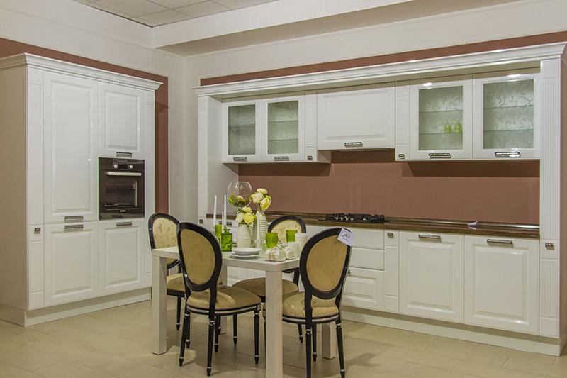 Design neoclasic bucatarie cu dining