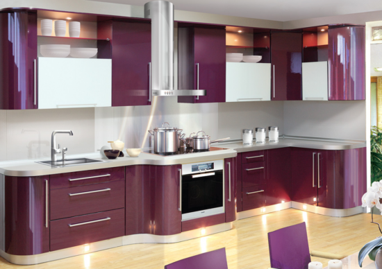 Mobilier alb violet bucatarie