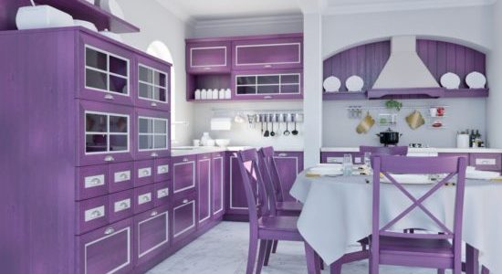 Mobilier violet bucatarie
