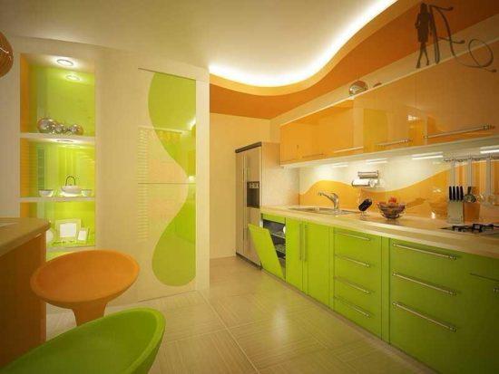Bucatarie cu design modern verde-portocaliu