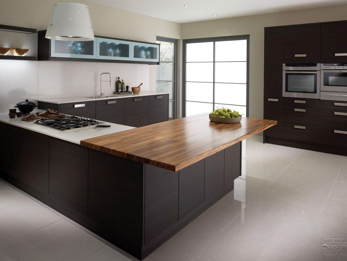 Bucatarie cu mobilier high-tech