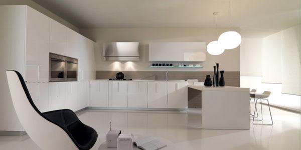 Bucatarie eleganta cu design minimalist