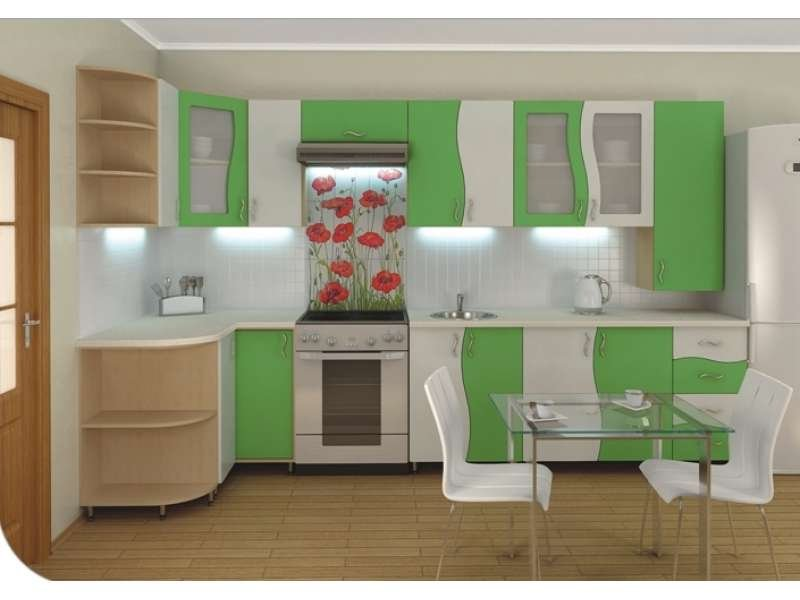 Bucatarie mica cu mobilier alb-verde