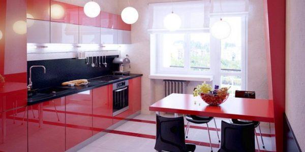 Bucatarie moderna cu decor alb rosu
