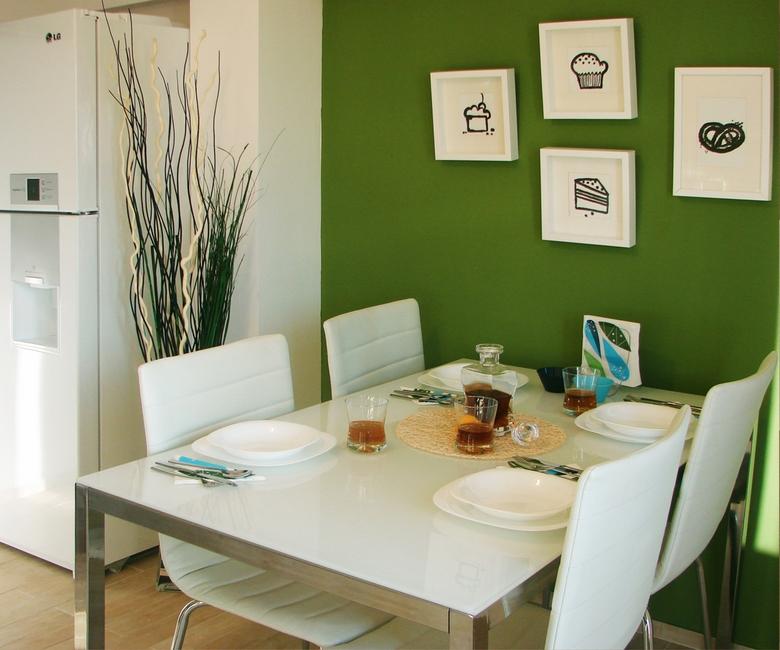 Decor alb-verde dining