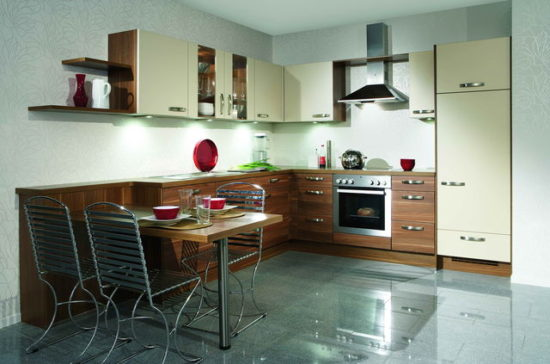 Mobilier maro bucatarie mica