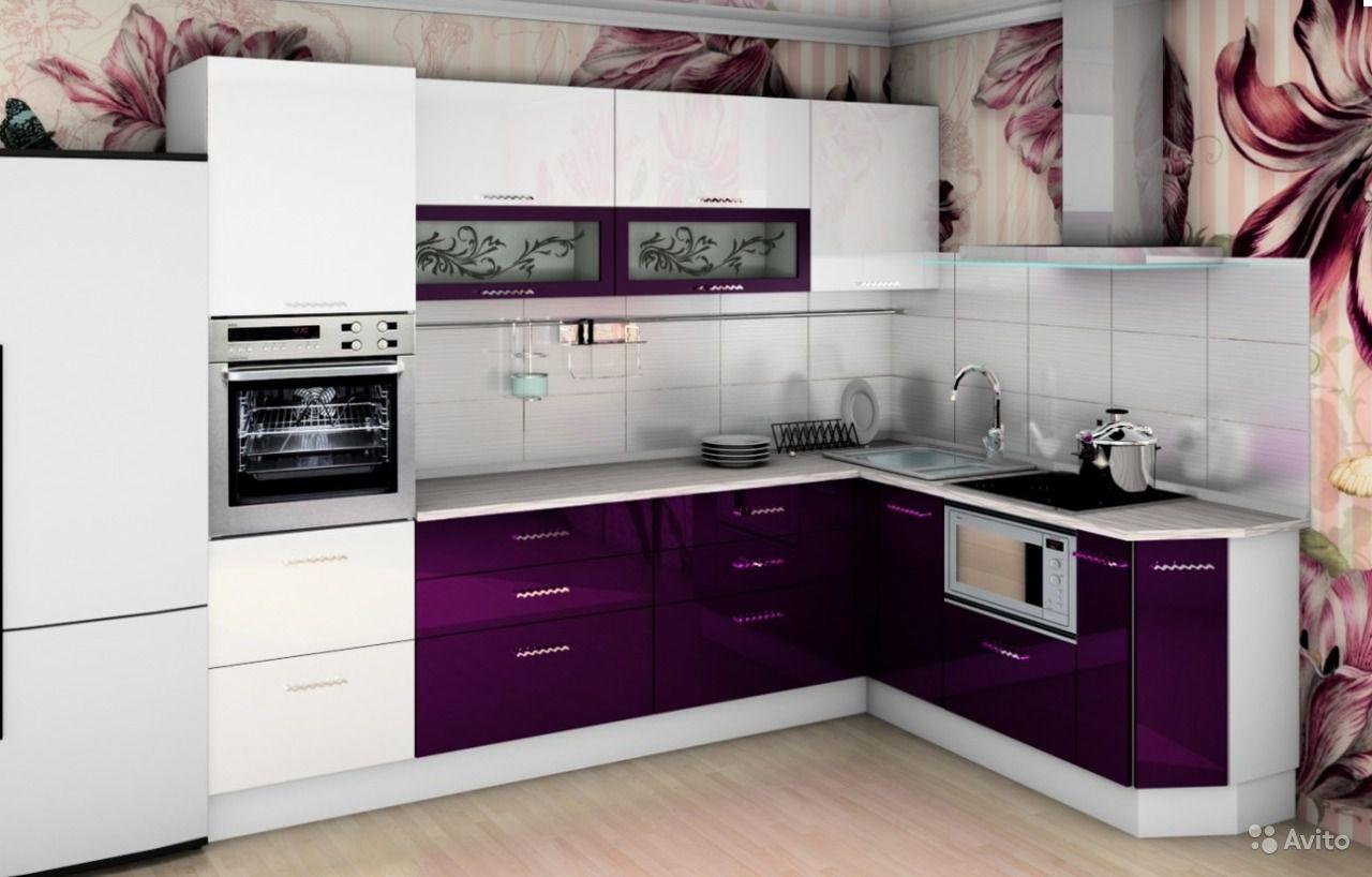 Decor elegant violet aubergine bucatarie