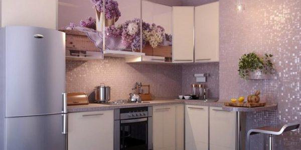 Decor lila bucatarie eleganta