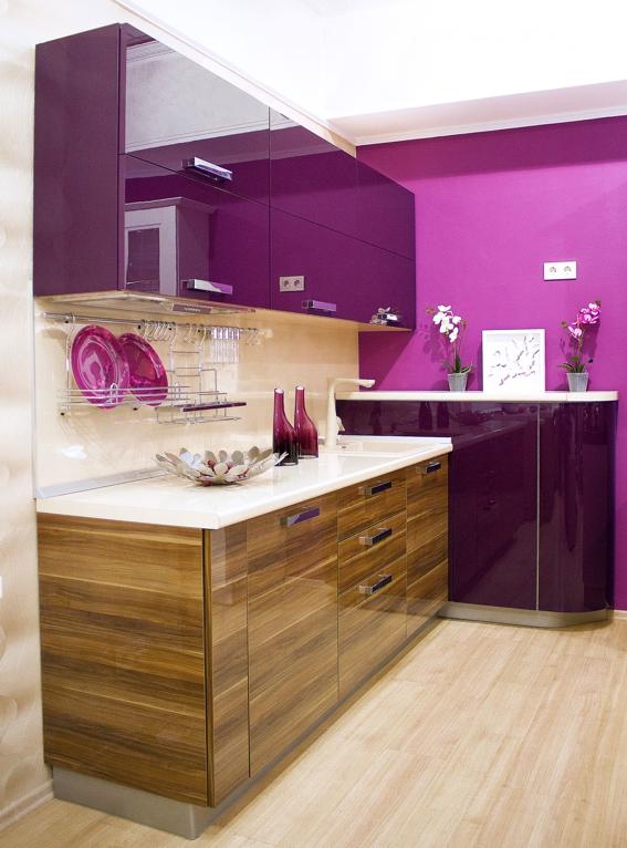 Design violet aubergine bucatarie