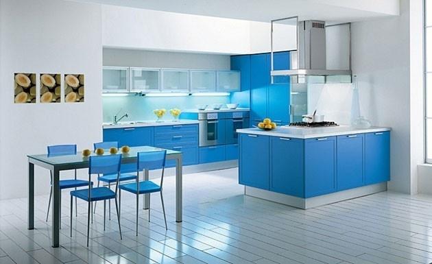 Mobilier albastru bucatarie mare