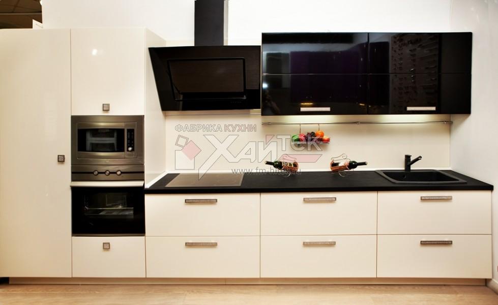 Mobilier elegant de bucatarie in culoarea vaniliei