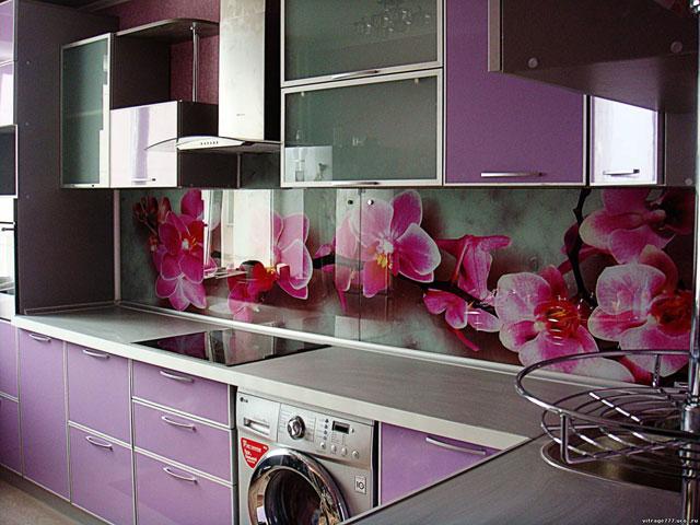 Mobilier lila bucatarie ingusta